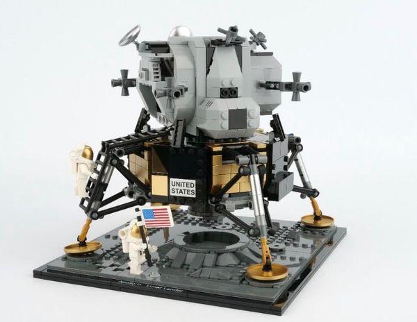 Lego Apollo 11 Lunar Lander 10266