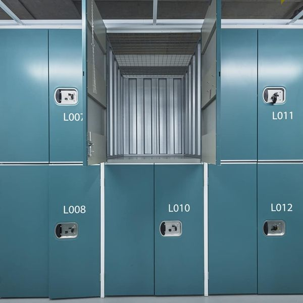 Self Storage - Locker 16 sqft