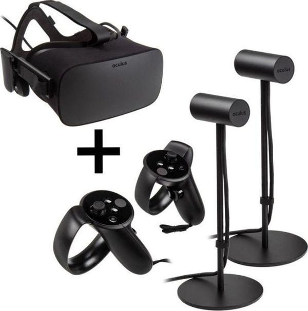 VR Headset: Oculus Rift