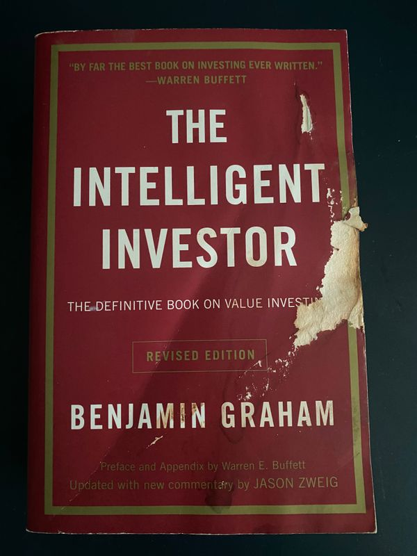 Intelligent Investor by Benjamin Graham (Revised Edition)