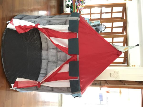 Beboelig Castle Tent for kids