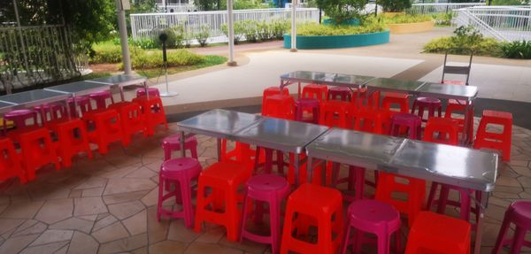 Stools And Table Rental