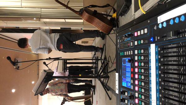Audio visual equipments for rent