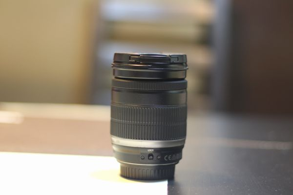 Efs 18-200mm F3.5-5.6 Canon Kit Lens