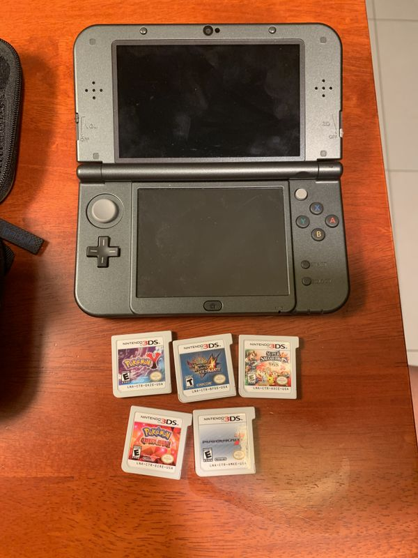 New US 3DS XL with 5 games