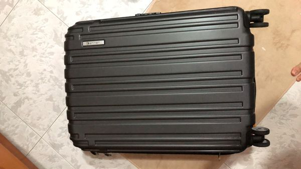 Eminent Luggage Hard Case