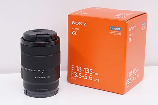 Sony 18-135mm OSS e-mount Lens