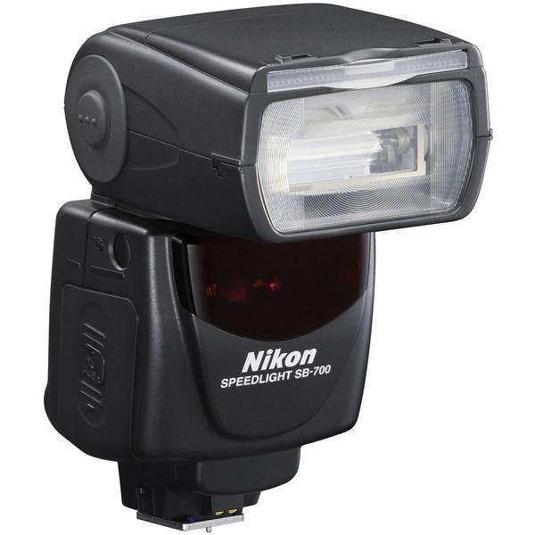 SB 700 Speedlight