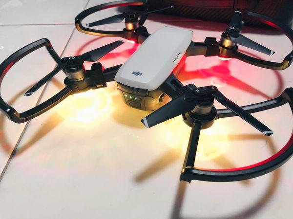 DJI SPARK (DRONE CAMERA)